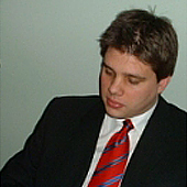 Dr Bahr